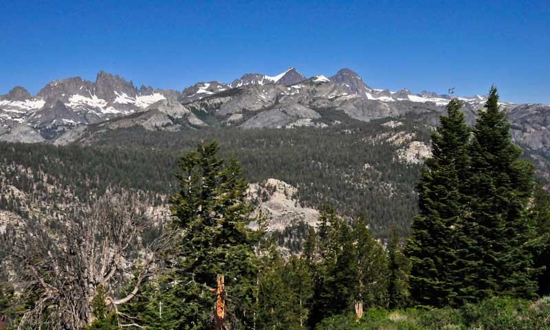 The minarets mammoth lakes california alltrips for Mammoth mountain cabins pet friendly