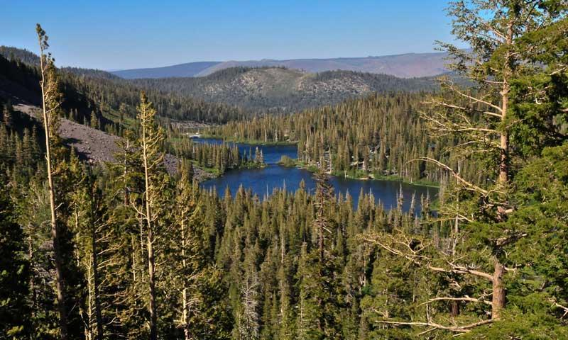 Twin Lakes in Mammoth Lakes California