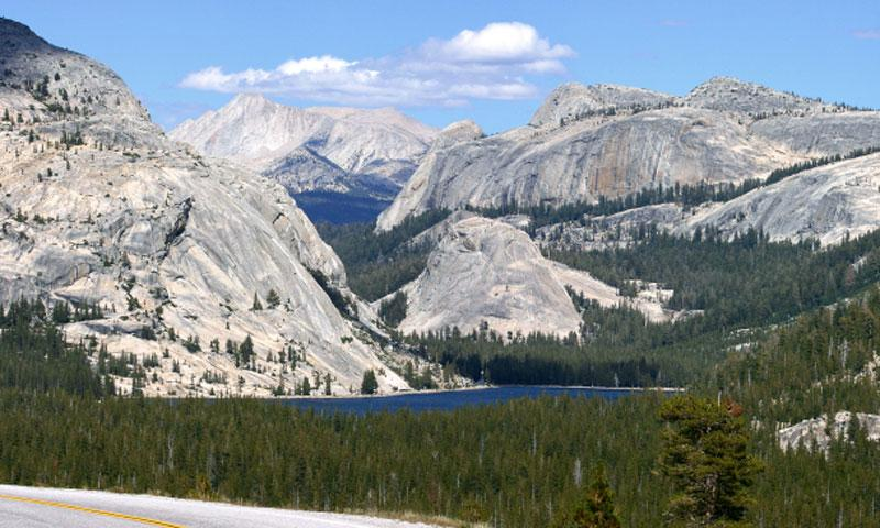 Driving over Tioga Pass in Yosemite National Park