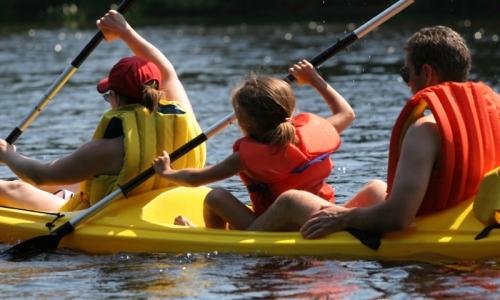 Mammoth Lakes Kids Canoeing